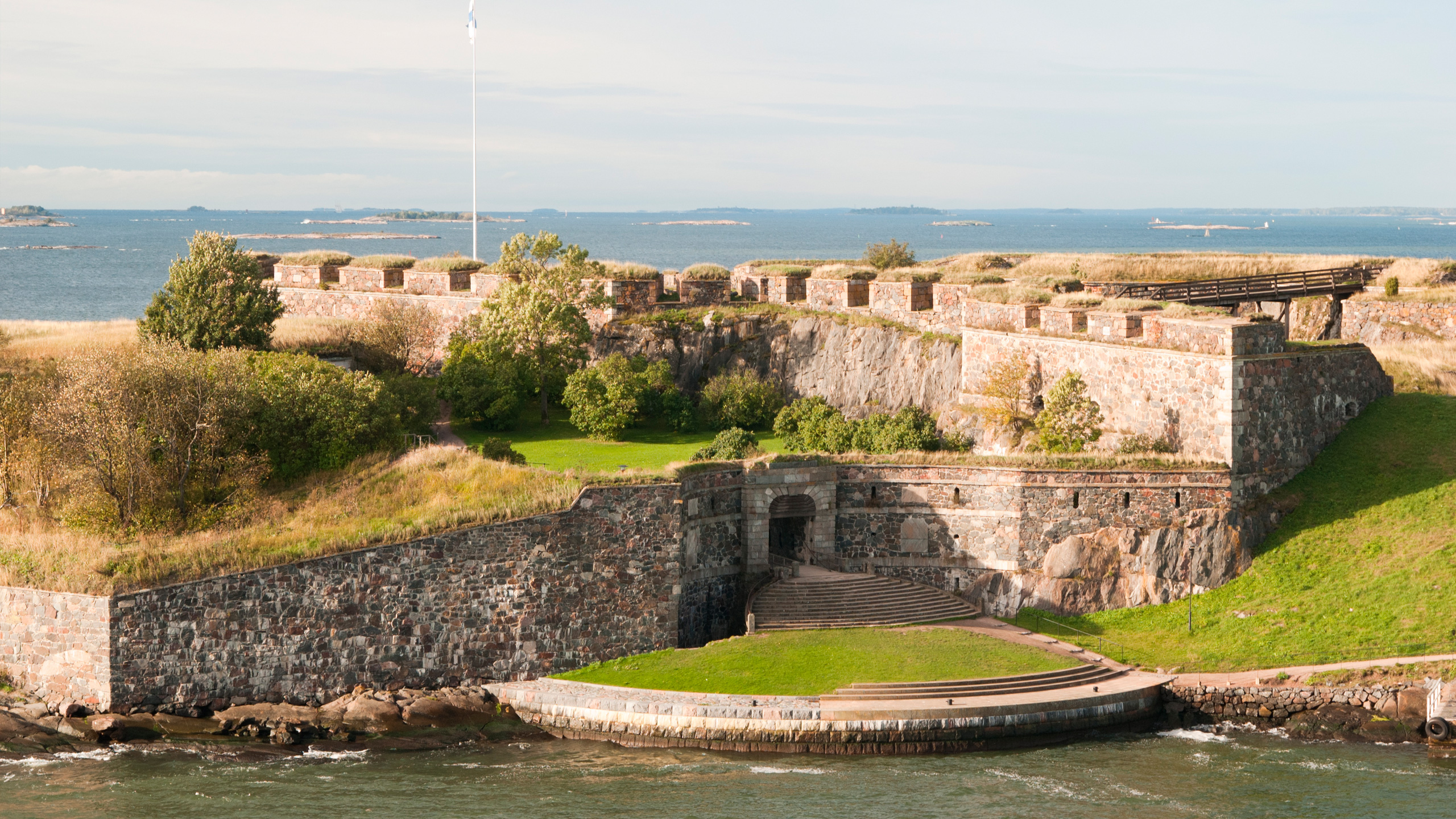 Suomenlinnan Kuninkaanportti
