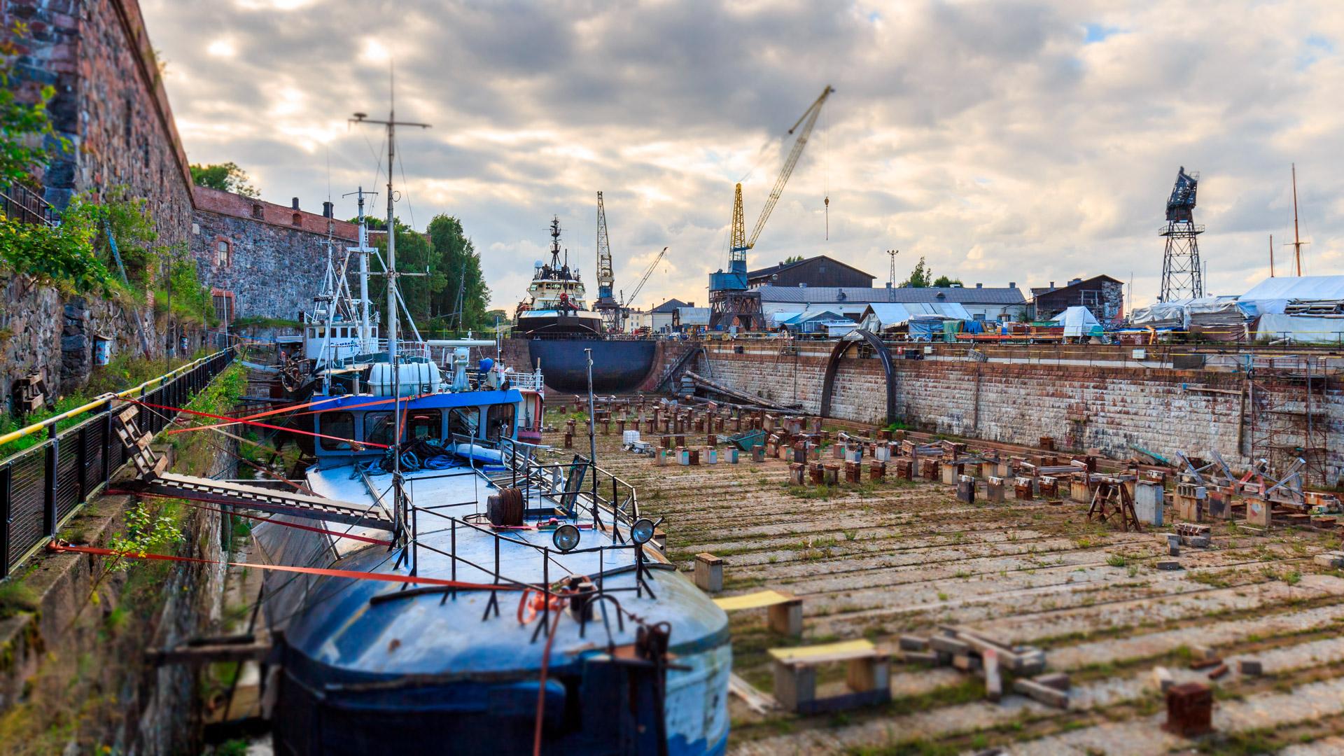 Suomenlinnan kuivatelakka