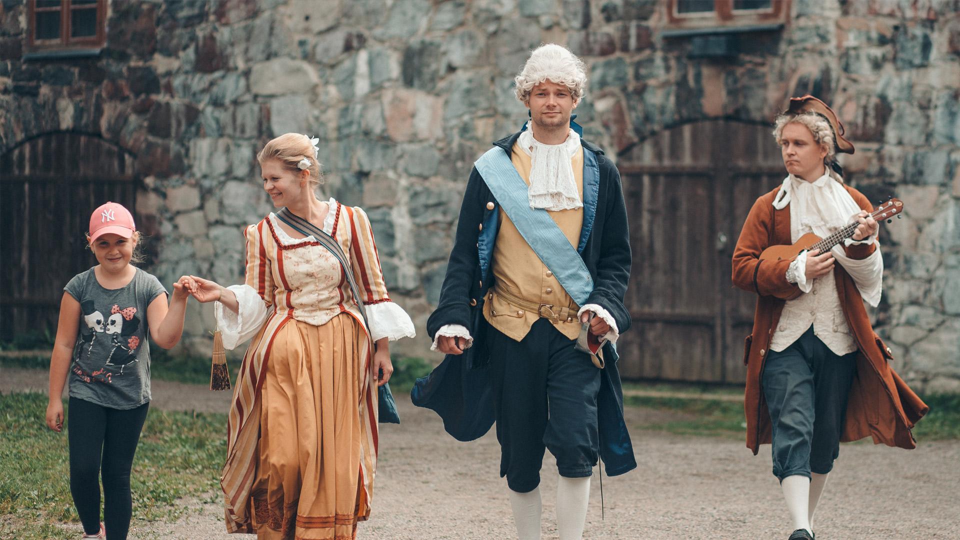 Suomenlinnan oppaiden auktorisointii