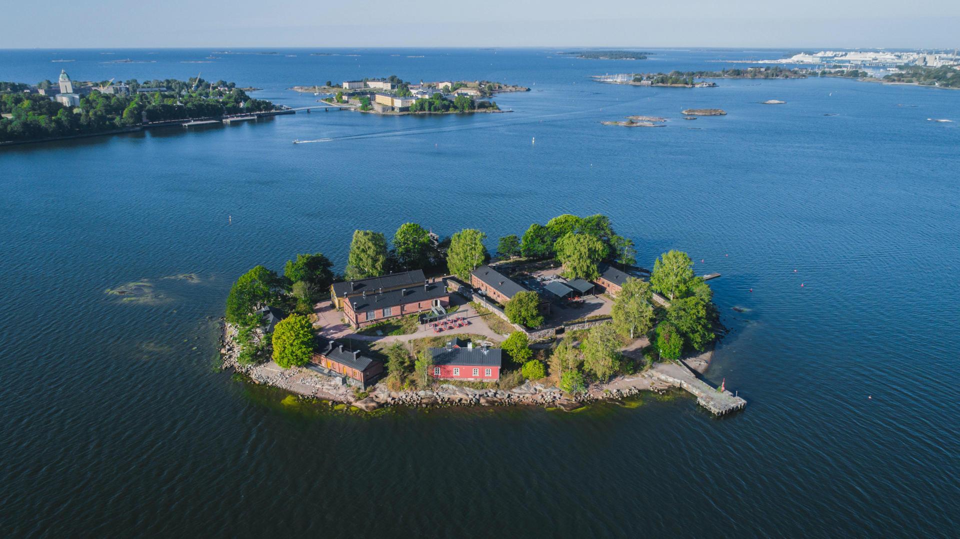 Lonnan saari Helsingin edustalla